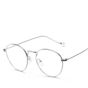 Alege ochelari uVision Rhona Silver pentru ati proteja vederea de lumina albastra a calculatorului.